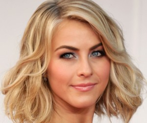 Groovy 5 Celebrity Hairstyles For Thick Hair Shesaid United States Hairstyles For Men Maxibearus