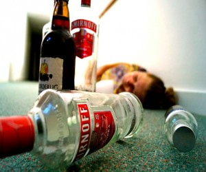 Binge drinking, teen alcohol use rising in Canada: OECD report