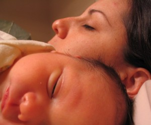 safe co-sleeping, co-sleeping safety tips, attachment parenting, safe sleeping for babies