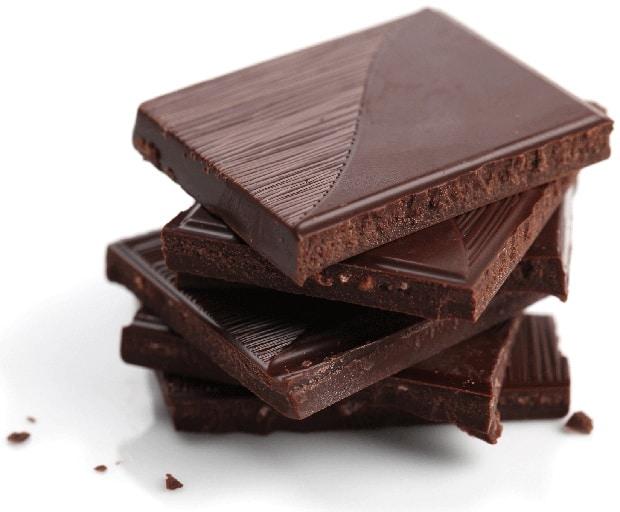 snacks, healthy snacks, eating at night, dark chocolate, womens health