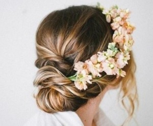3 Floral Wedding Hairstyles