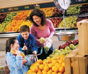 shopping with kids, grocery shopping with kids, shopping, tips for shopping with kids