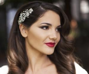 3 Floral Wedding Hairstyles