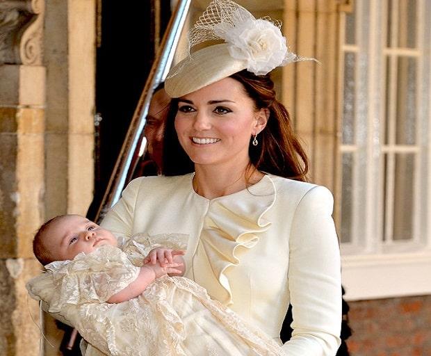 Alexander McQueen, Jenny Packham, kate middleton, kate middleton wedding dress, style icon, the Duchess of Cambridge