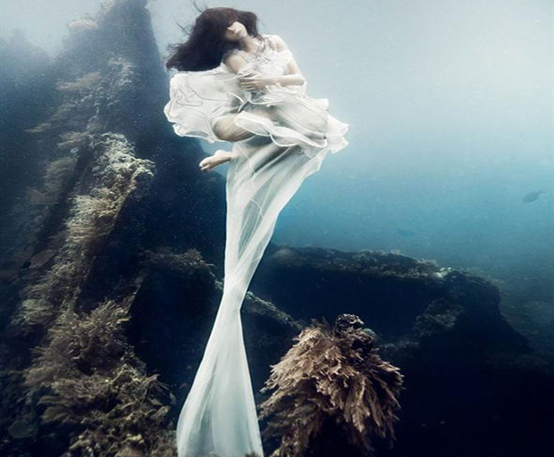 Underwater, fashion, Benjamin Von Wong, photography, Bali