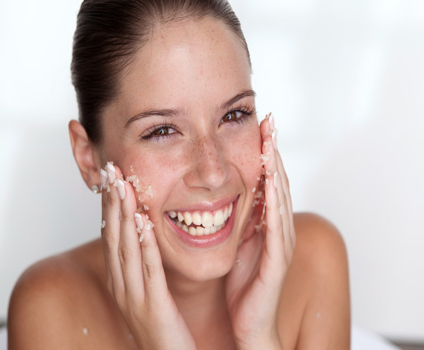 beauty tips, exfoliating, moisturising, scrub, youthful appearance