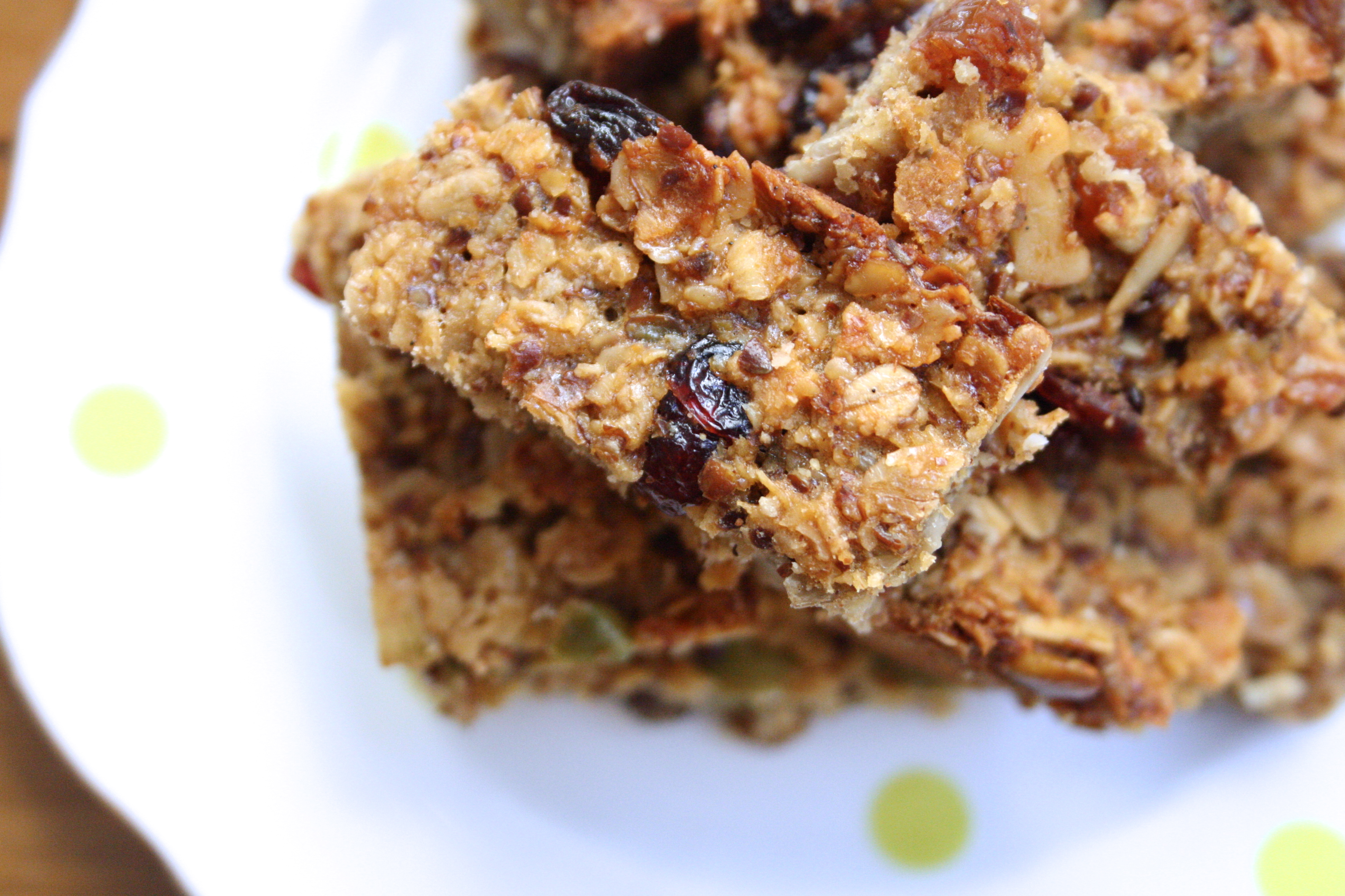 muesli bars, homemade muesli bars, healthy snacks, healthy food