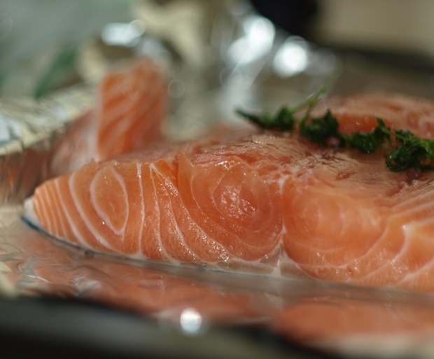 foil-baked salmon, easy dinners, quick and easy dinner recipes, salmon recipe, easy dinner ideas