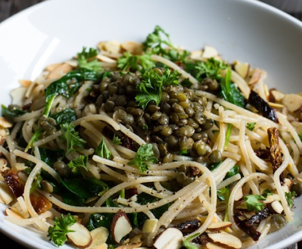 Lemon and Roasted Garlic Pasta with Lentils
