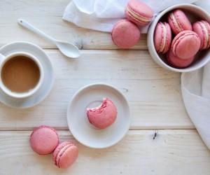 Delicious Raspberry Coconut Macaron Recipe