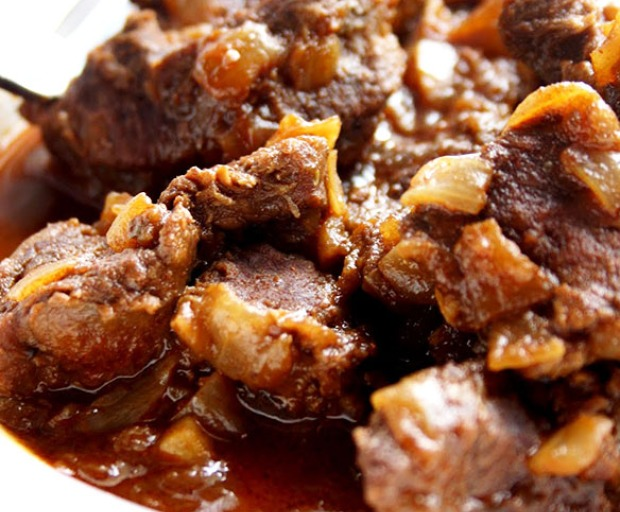 Traditional Hungarian Beef Goulash Recipe