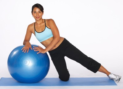 leg-exercises-tb-outer-thigh-lift-1