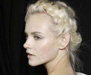 5 Romantic Wedding Hairstyles
