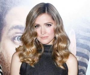 Rose Byrne's Hollywood Curls