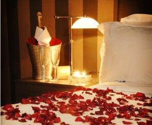 Valentine's Day, romantic date ideas, romantic getaways