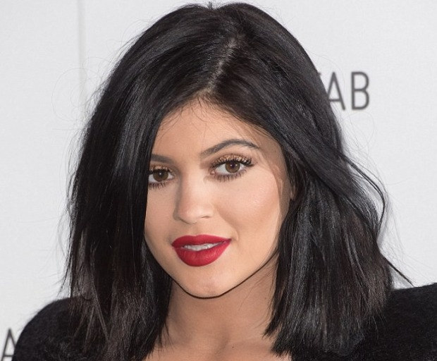 Get The Look - Kylie Jenner's Voluminous Black Bob