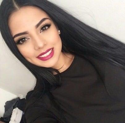 The Dark Brow Beauty Trend