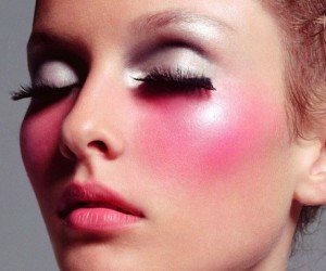 8 Makeup Mistakes You're Making (And You Don't Even Know It!)