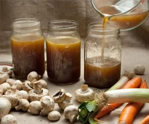 Bone broth, health, super foods, weight loss, women's health