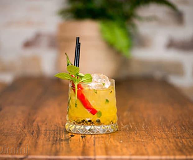 Cocktail Recipes, TGIF, Chilli Cocktails, Passionfruit Cocktails, Caiprioska,