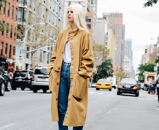 trench coat, street style, trans-seasonal dressing