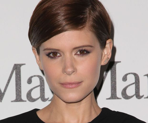 Kate Mara's Slicked Back Hair Tutorial