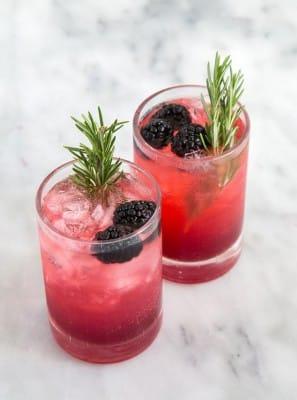 TGIF: 7 Blackberry Cocktail Ideas