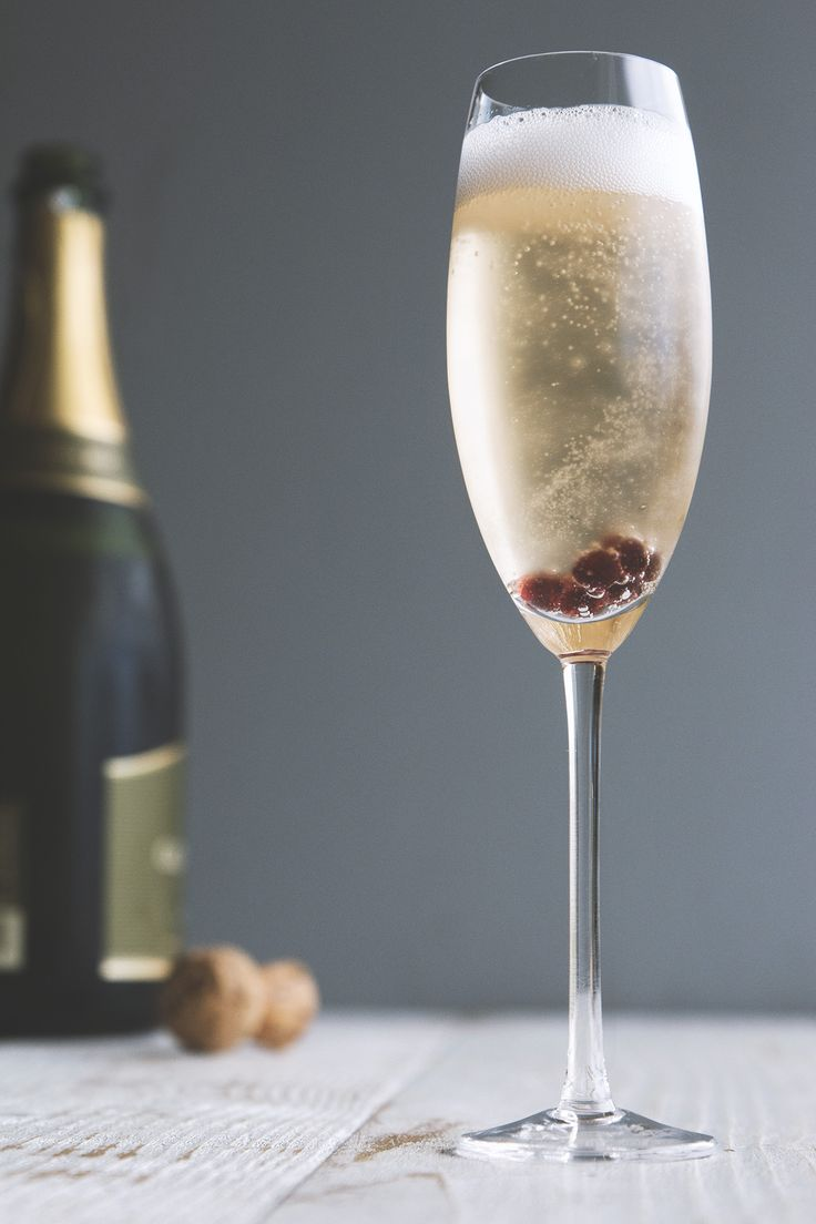 The Essential Guide To Champagne Cocktails