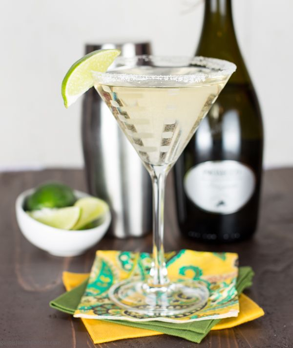 7 Delicious Prosecco Cocktails