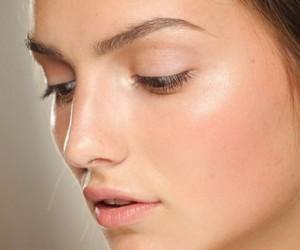 Hyaluronic Acid, beauty, beauty tips, skincare, skincare secrets