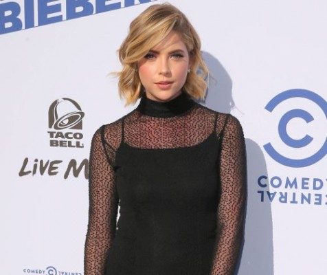 Get The Look: Ashley Benson's Side-Swept Curls