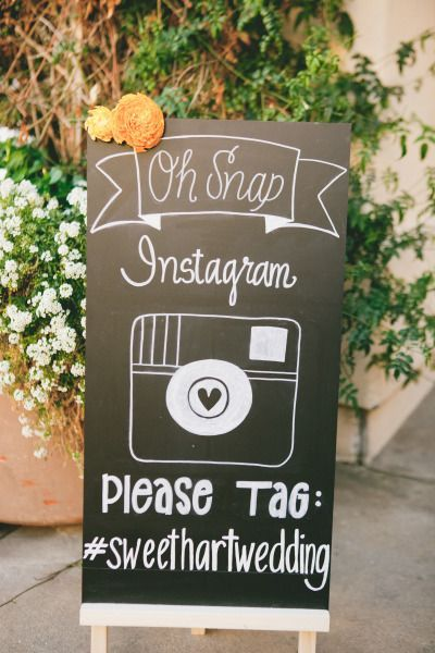 5 Fun Ways To Use Social Media On Your Wedding Day