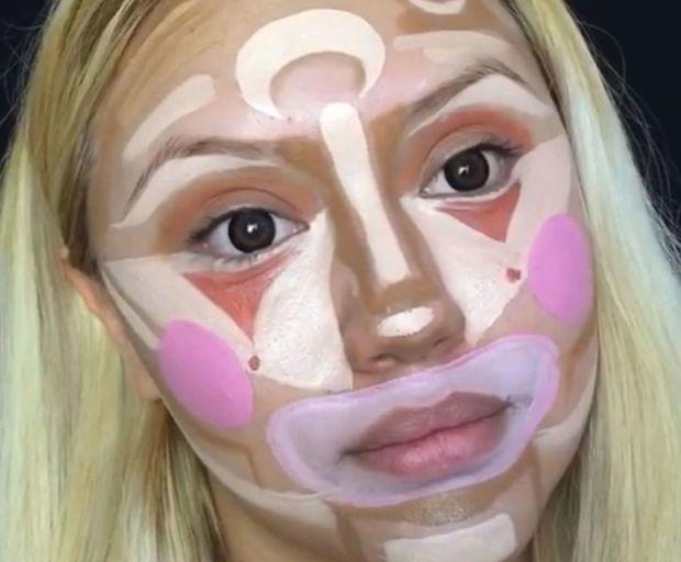 Crazy New Makeup Trend - Clown Contouring