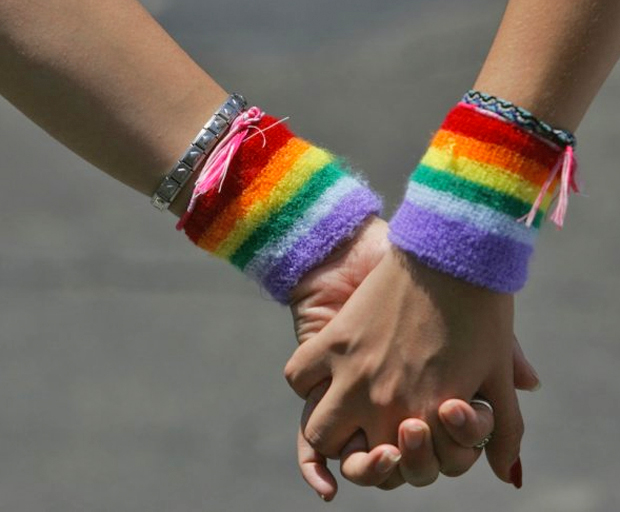 LGBT-holding-hands