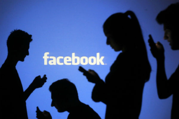 facebook, social media, facebook addiction