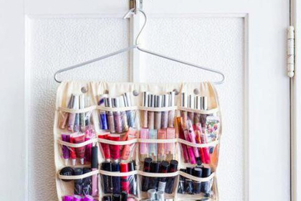 17 Life Changing Ways To Organise Your Makeup This Weekend