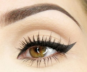 eyelinertrick-hero