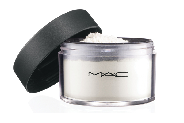 M.A.C Invisible Powder