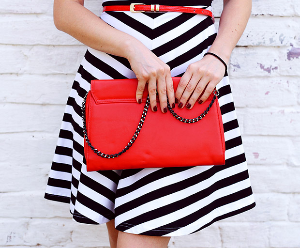 handbags feature