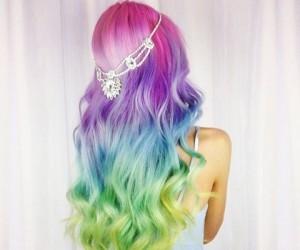 13 Reasons Tie-Dye Hair Is The Dreamiest Hair Trend Ever