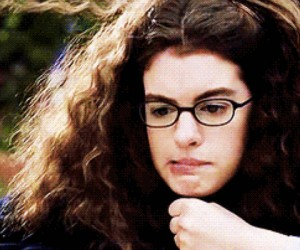 13 Struggles Only Girls With Frizzy Hair Understand