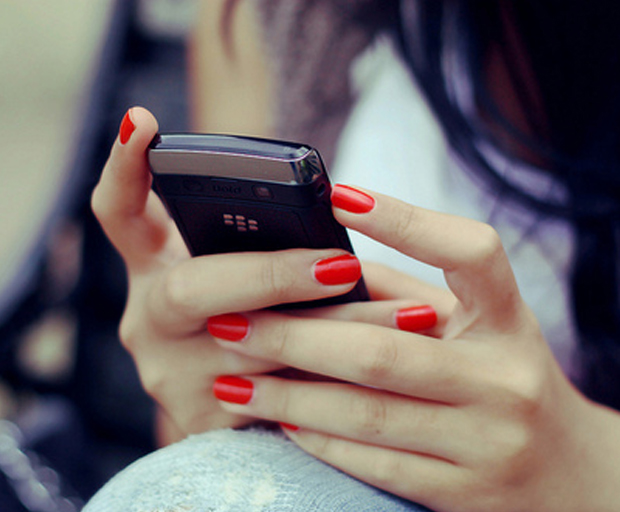 Blackberry girl _ 620x512