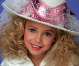 14 Of The Most Bizarre Facts About The JonBenét Ramsey Murder Mystery