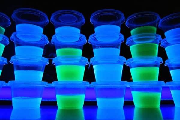 Blacklight-Jello-Shots-5-1024x768