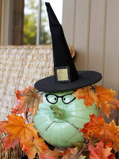 original_Layla-Palmer-Halloween-witch-pumpkin-beauty.jpg.rend.hgtvcom.966.1288
