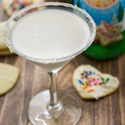 Sugar-Cookie-Martini-5-of-5