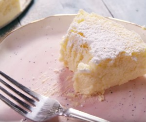Here's How To Make Baked Cheesecake With Only 3 Ingredients