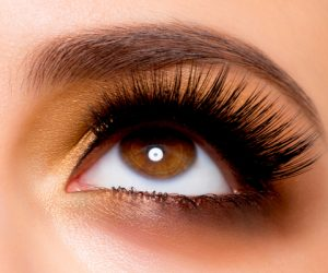 Here's How To Get Fatter, Fuller Lashes At Home