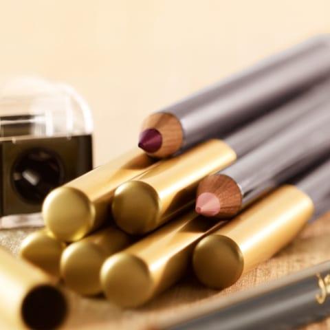 lipstick, lip liner, lip definer, makeup,beauty products