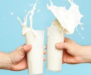 milk, lactose free, almond milk, womens health, nutrition